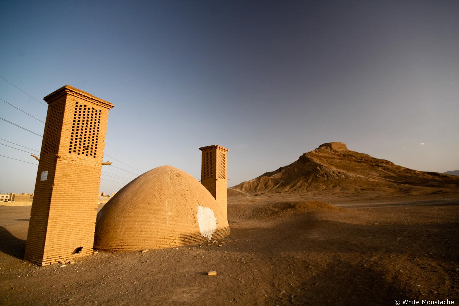 Zoroastriańskie Wieże Ciszy