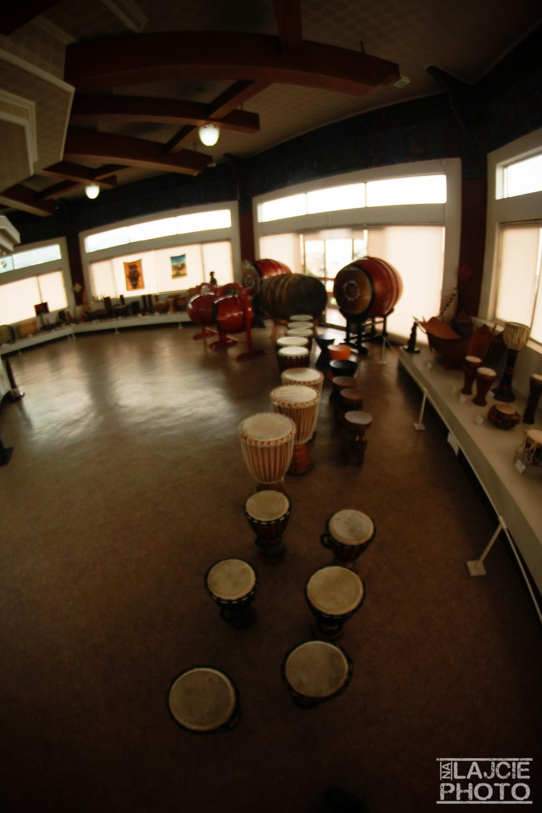 Muzeum instrumentów... tak, można grać na wszystkim :)