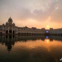Zachód słońca nad świątynią