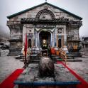 Ocalała jedynie świątynia - najpopularniejsze miejsce kultu dla hindusów w Garhwalu.