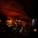 Wnętrze chaty sześcioosobowej