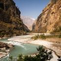 W dolinie rzeki Budhi Gandaki.