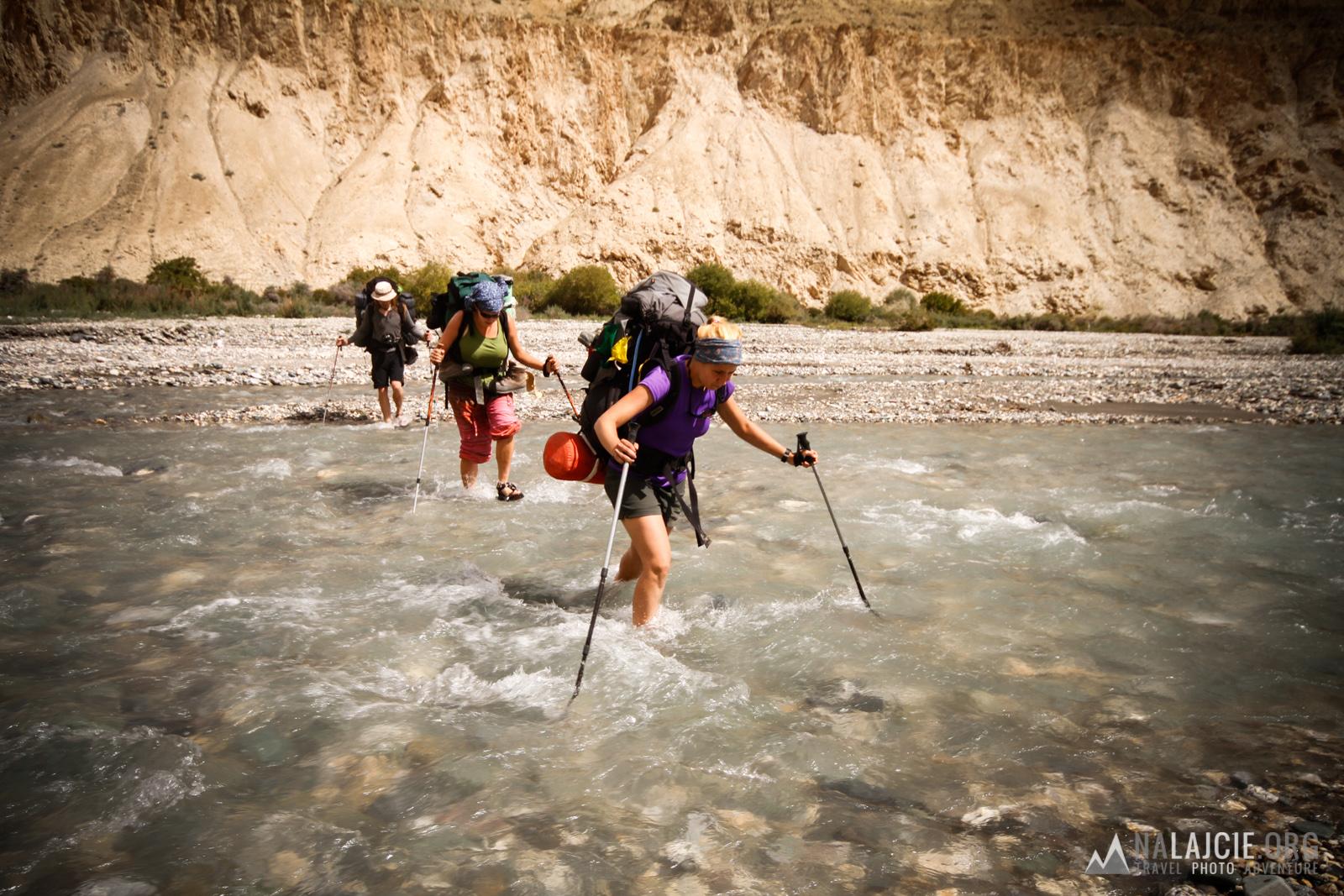 Przeprawa przez rzekę Markha.