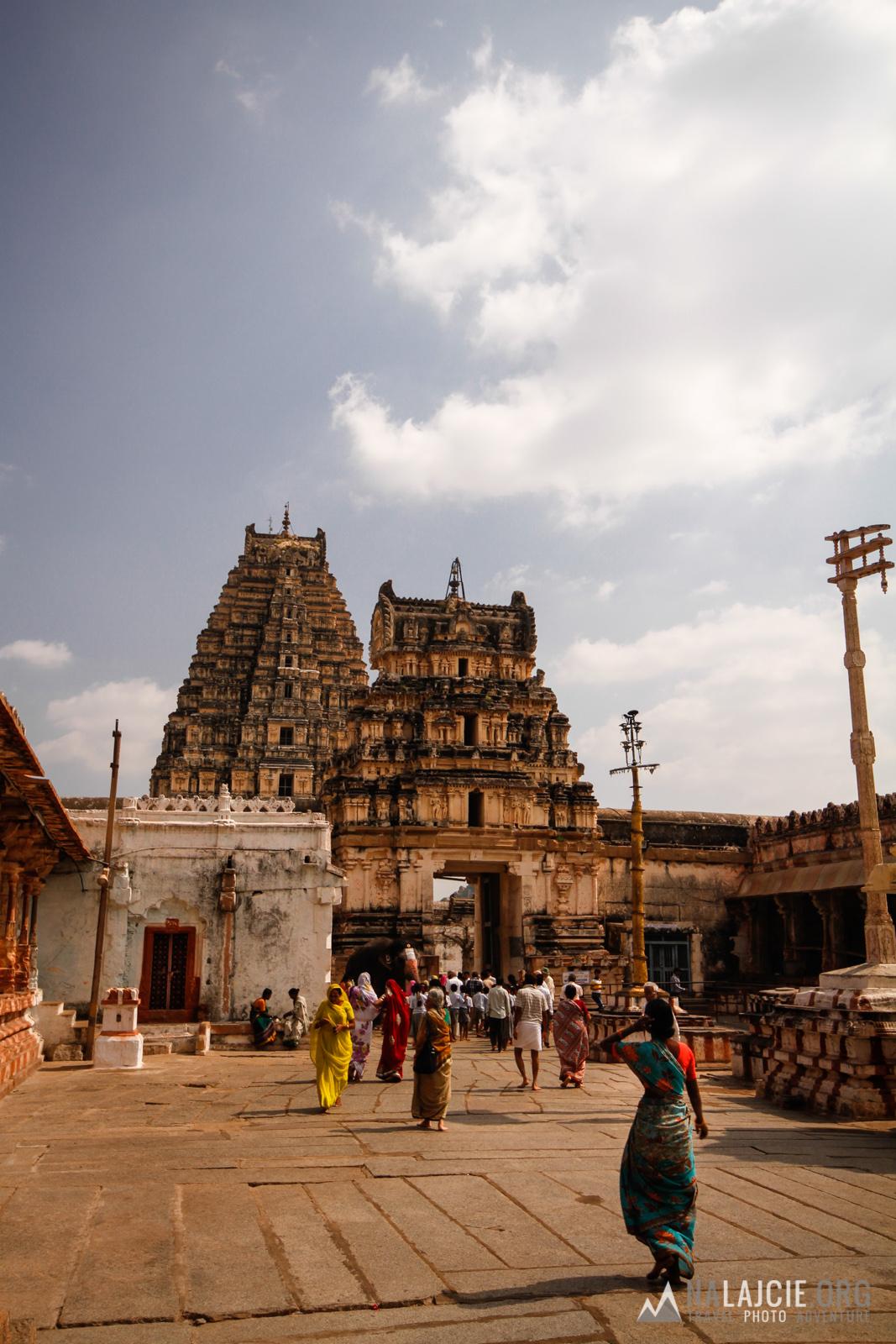 Dla Hindusów to bardzo ważne miejsce kultu.