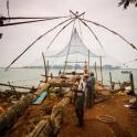 Nad brzegiem morza w Kochi.