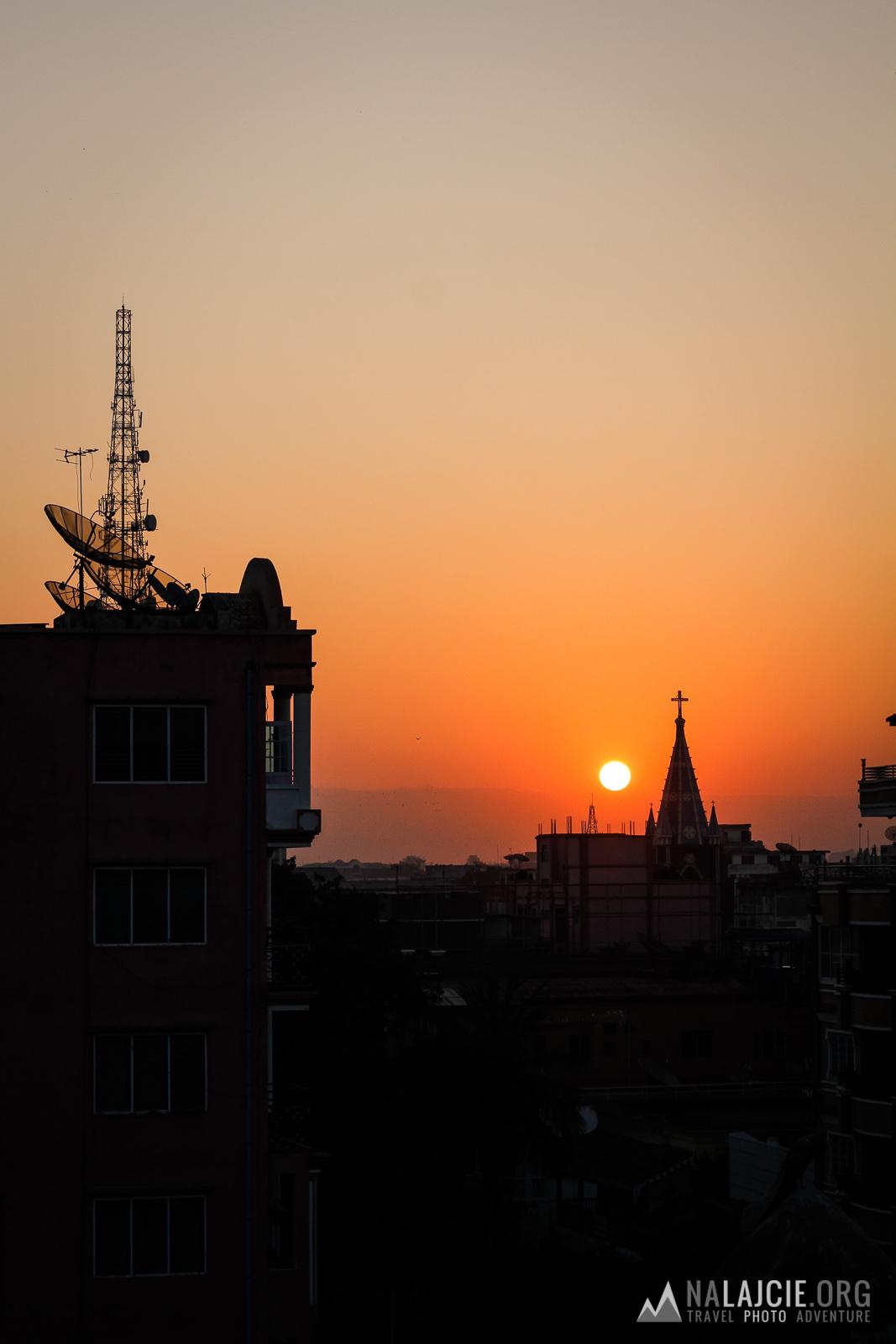 Tym razem wschód słońca z 5 piętra.